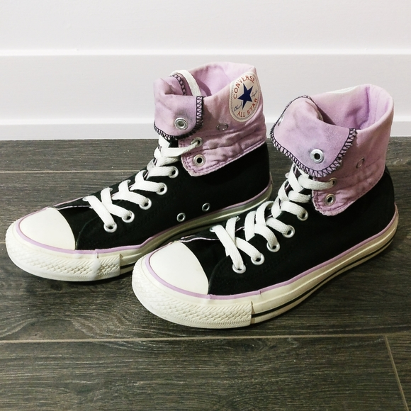 Converse Shoes - EUC Converse All Star Chuck Taylor Sneakers
